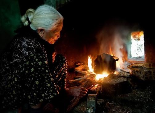 Phân tích tác phẩm Bếp Lửa của tác giả Bằng Việt cực hay